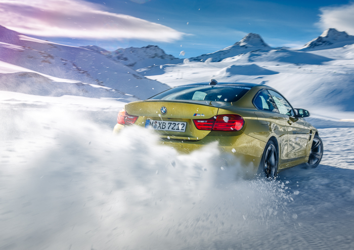 Key Visual for the BMW Driving Experience Wintertrainings in Sölden, Austria