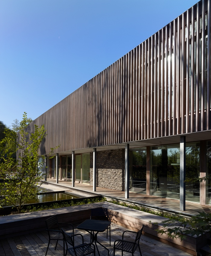exterior shot of a private house for Gyproc. Koplamp Architects