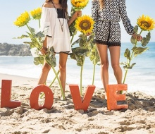 Love & Sunflowers