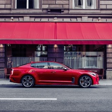 Kia Stinger in Berlin with Paul van Dyck