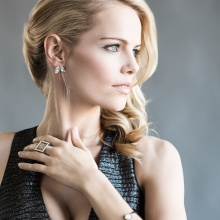 Actress Mircea Monroe for Thrifty Hunter magazine