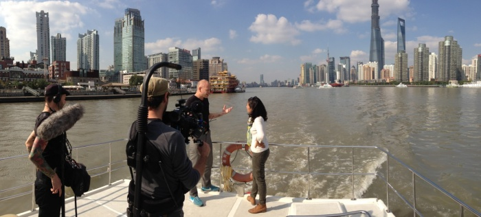 DBcom productions is a Canada based TV production company. It was assigned by Discovery to produce the series documentaries-Waterfront cities of the world. This time they come across the world to Shanghai's episode. Since Shanghai is huge they decided Shanghai should be 2 eposides in both English and French versions!