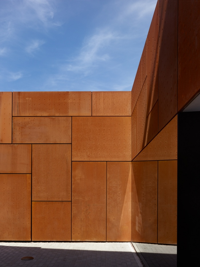 exterior detail of a community library in Brugge. StudioFarris Architects